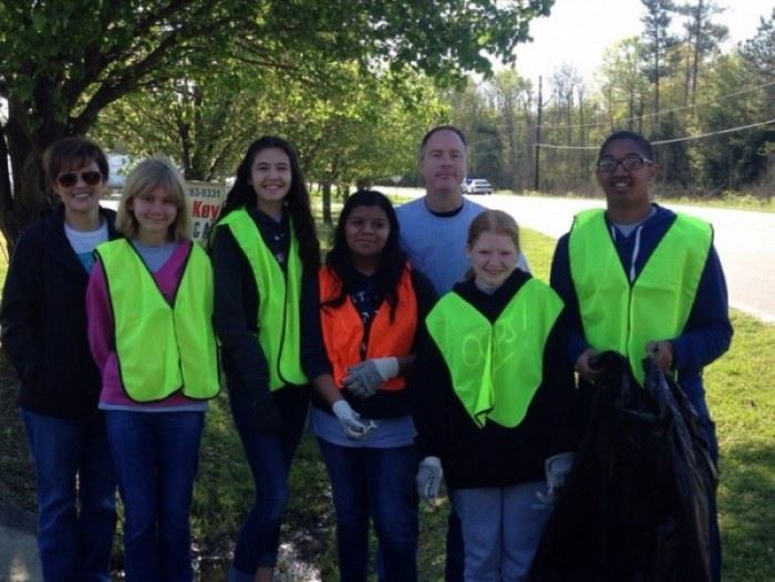 Clean Sweep 2016 Volunteers 1