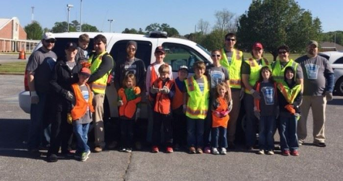 Clean Sweep 2016 Volunteers 7